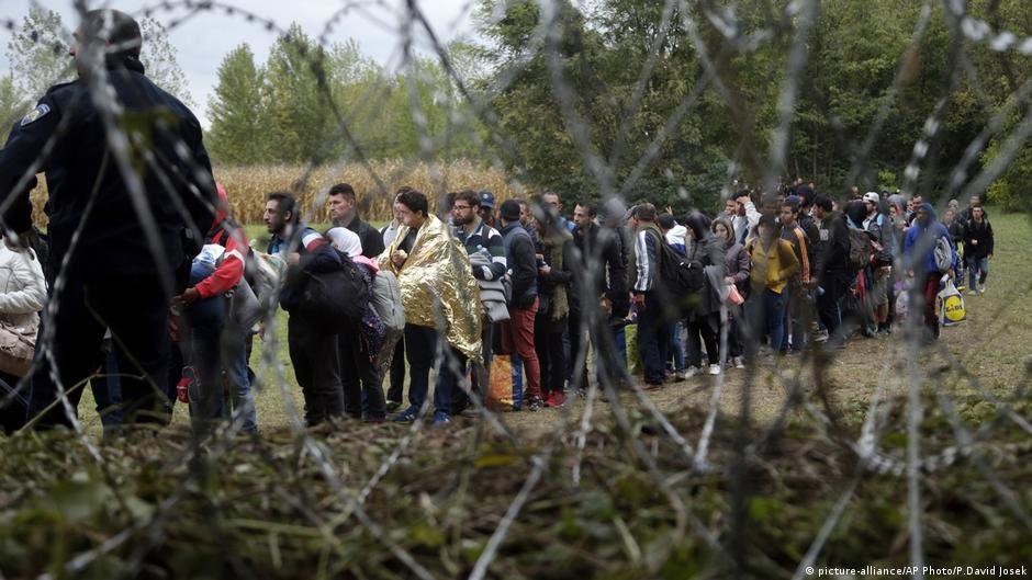 Flüchtlinge Migration Kroatien Grenze Ungarn (picture-alliance/AP Photo/P.David Josek)